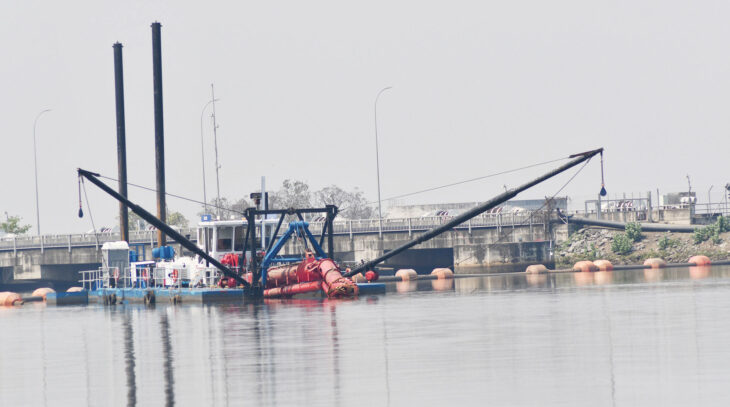Kapichira dredging impresses Egenco - The Times Group Malawi